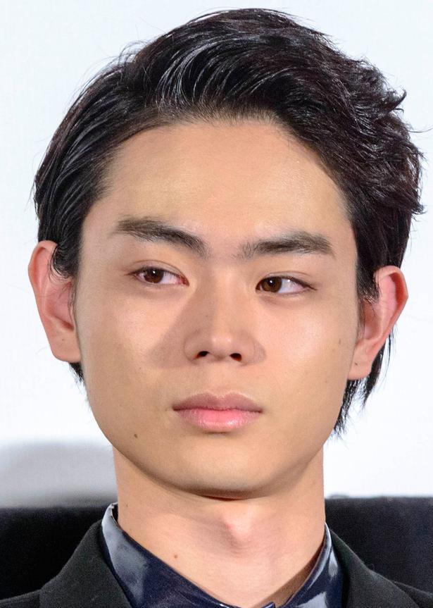 菅田将暉の鼻を比較!本人が「やってない」と証言!?